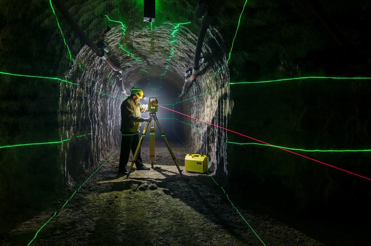Meandre technologie et laser leica