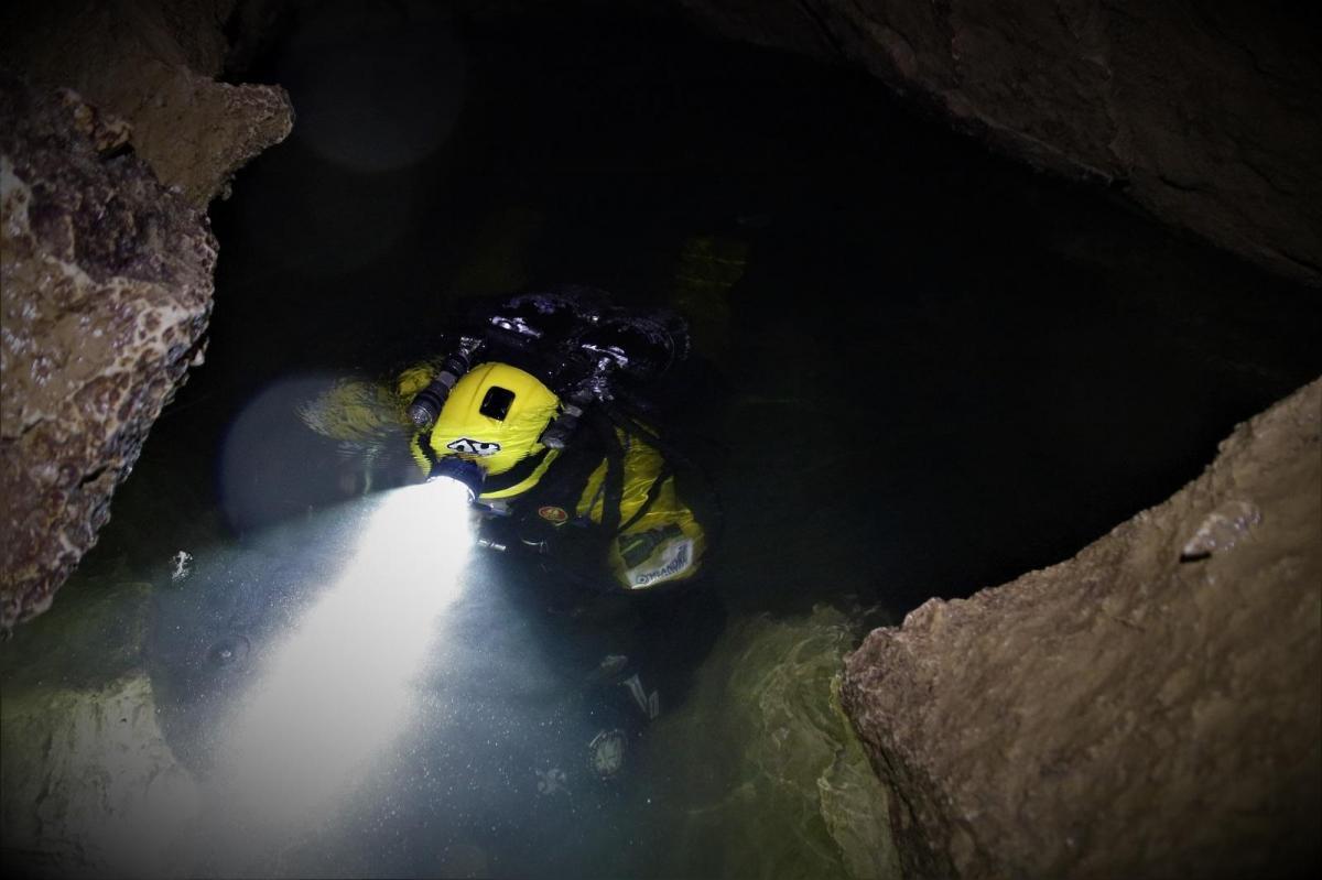 Plongee souterraine